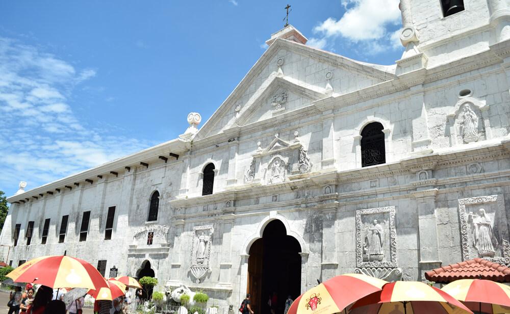 フィリピン人がカトリックになる洗礼式?フィリピンのカルチャーを体験しよう