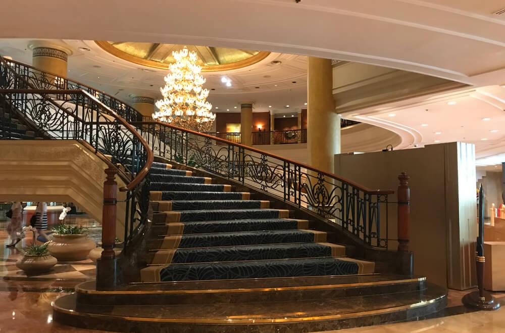 階段シャングリラ