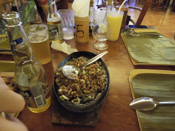 意外と美味しいフィリピン料理