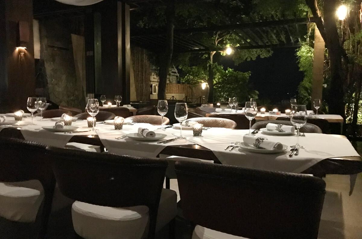 夜レストラン